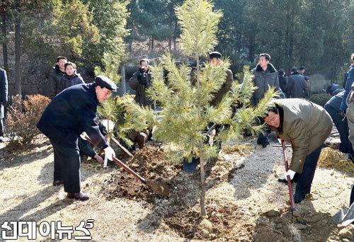 [식수] 3월 2일-북한 식수절.jpg