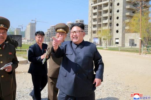 원산갈마해안관광지구 건설현장-김정은 시찰.jpg