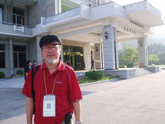 2008년-7월-11일.-박왕자-관광객이-피살된-날의-금강산-(필자).jpg