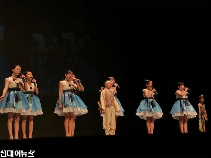 이천 동요사랑 10주년 기념음악회 (2).jpg