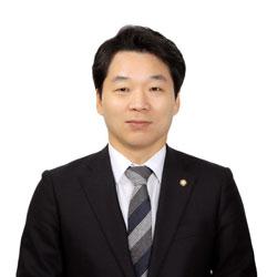 김병관-의원-프로필-증명사진.jpg