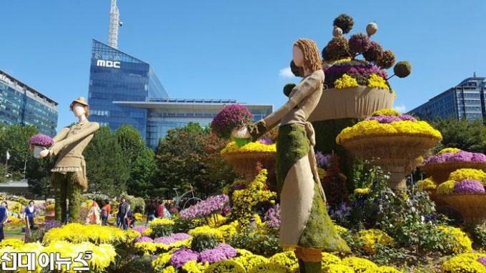 산하기관1-2019고양가을꽃축제,-9월-28일부터-일산-호수공원서(2).jpg