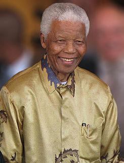 넬슨-만델라-Nelson-Mandela-1918~2013.jpg