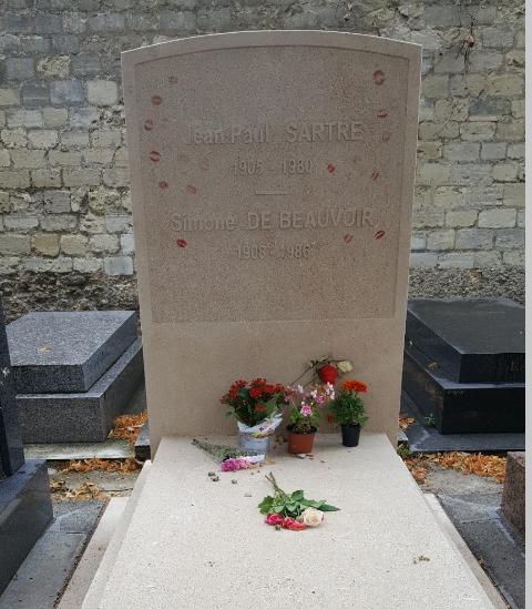 몽파르나스 공원묘지(Cimetiere du Montparnasse)-싸르트르&보부아르..jpg