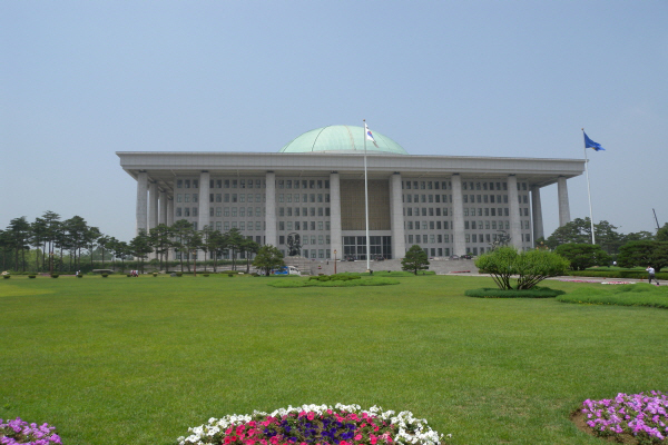 대한민국-국회의사당-서울-영등포구-여의도대로1.jpg