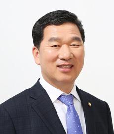 신정훈의원-프로필.jpg