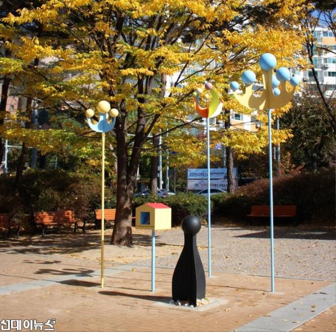 사진03_홍지희작가.JPG