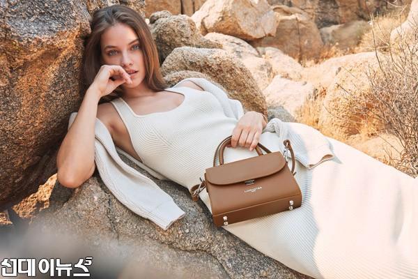 [PR LINE] 랑카스터_톱 모델 바바라 팔빈 21SS 캠페인 뮤즈 발탁.jpg