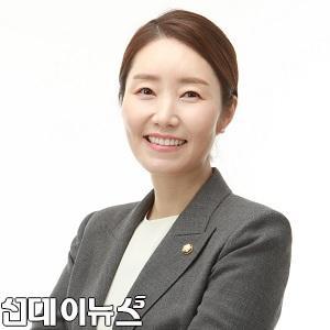 서울강서갑 국회의원 강선우 프로필 사진(정사각형)111.jpg