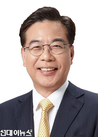 송언석_의원_증명사진111.jpg