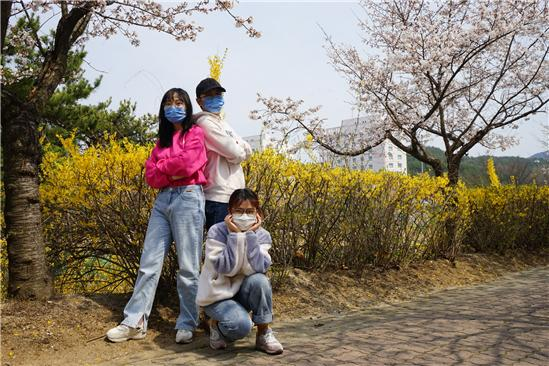 중국인 유학생 14일간의 격리, 카메라에 담아 '뭉클함' 전해