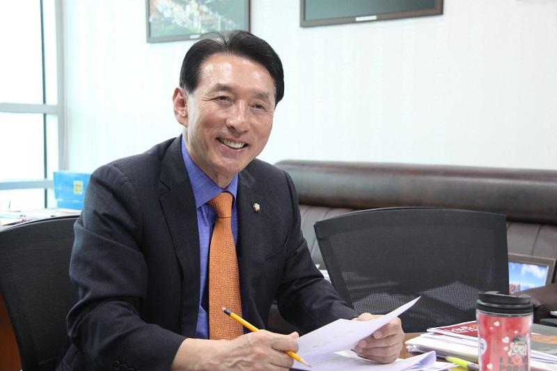 김석기 의원, 文 정부, 北군수공장에도 전기지원 논의