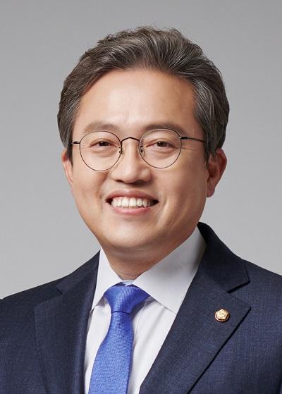 송기헌 의원, '재개발 정비구역 화재예방 법안' 국회 본회의 통과