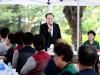 문희상 국회의장, 국회 환경 위해 일하는 국회 조경근로자 격려방문