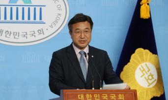 """민주당 윤호중, """"절대과반 민주당이 18개 상임위원장직 다 가져올 것"""""""