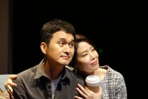 [연극현장]  『킬 미 나우』, 나와 가족 그리고 삶이라는 주제에 질문을 던진다!